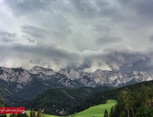 Richtiges Verhalten bei Gewitter am Berg